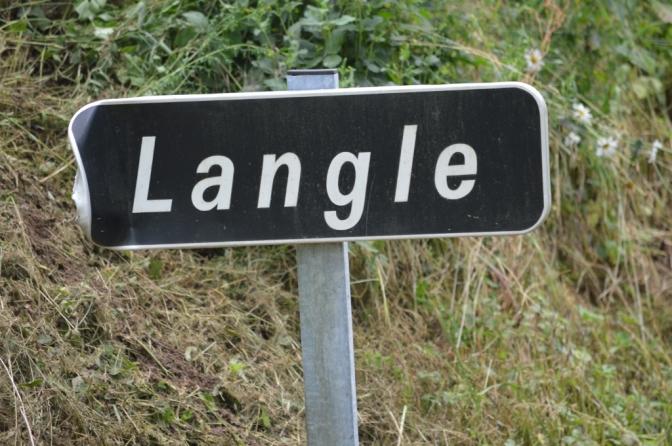 Un coup dans Langle...